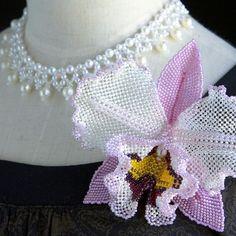 薄紫色のカトレアビーズコサージュ✨✨ #カザリ咲色 #ビーズ #ビーズワーク #ゴージャス #カトレア #カトレヤ #ビジュー #蘭 #ハンドメイド #ビーズアクセサリー #手芸 #手作り #bead #beads #beaded #bijoux #beading #beadwork #beadswork #beadedjewelry #handmade #handcrafted #handmadejewelry #cattleya #orchid #instajewelry #fashionaccessories #floral #fashionista #corsage @kazari_sakuiro