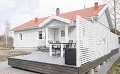 Melatar, 4 huonetta, keittiö ja sauna. Huoneistoala: 101,5 M² Deck, Koti, Outdoor Decor, Balcony, Home Decor, Courtyards, Decoration Home, Room Decor, Front Porches