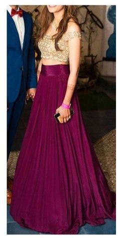 Party Wear Indian Dresses, Designer Party Wear Dresses, Indian Gowns Dresses, Indian Fashion Dresses, Dress Indian Style, Indian Designer Outfits, Skirt Fashion, Gowns For Party, Indian Skirt And Top