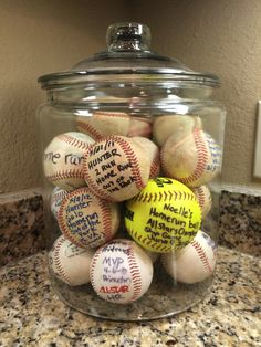 Baseball Moms are so creative! Display your kids homerun baseballs/softballs in a big jar. WAY better than them just being shoved in a drawer or sitting on a shelf! Softball Gifts, Softball Mom, Baseball Mom, Baseball Stuff, Baseball Scores, Softball Stuff, Baseball Tickets, Baseball Signs, Travel Baseball