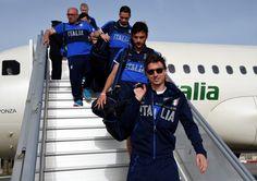 Azzurri arrivals in Malta http://gianluigibuffon.forumo.de/post74918.html#p74918