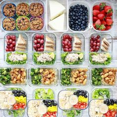 Weekly meal prep plan with recipes, nutrition info, and scannable My Fitness Pal barcodes. This week includes Skillet Honey Garlic Chicken. Meal Prep Plans, Food Prep, Diet Plans, Fitness Meal Prep, Fitness Pal, Strawberry Protein Shakes, Protein Oatmeal, Plant Based Protein Powder, 2000 Calories