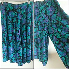 Hey, I found this really awesome Etsy listing at https://www.etsy.com/listing/177747800/90s-floral-flowy-beautiful-palazzo-pants