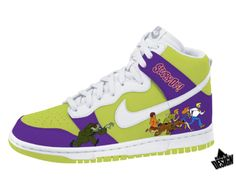 scooby_doo_dunks_custom_sneakers1.jpg (450×338)
