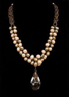 Wirework cross bead necklace bracelets Jewelry making how to's diy Pearl Jewelry, Wire Jewelry, Jewelry Crafts, Beaded Jewelry, Jewelry Box, Jewelery, Vintage Jewelry, Jewelry Accessories, Jewelry Necklaces