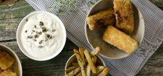 Heimelaga fiskepinner med pommes frites og remulade