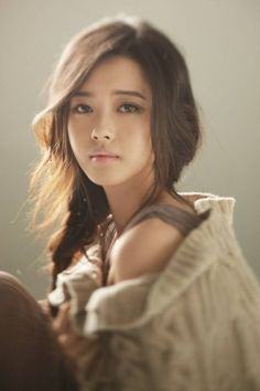 Go Ara will be having a fansigning with 100 fans!She promised her fans that she was going to ha