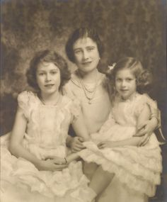 Queen Elizabeth with Princesses Elizabeth and Margaret, 15 December 1936 | Royal Collection Trust