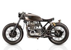 '76 Kawasaki KZ400 – Tattoo Custom Motorcycles (via Pipeburn)
