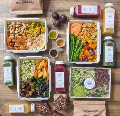 The Mae Deli by Deliciously Ella Food Design, Menue Design, Food To Go, Food And Drink, Lunch Delivery, Free Delivery, Gourmet Recipes, Vegan Recipes, Deliciously Ella