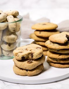 Gluten free chocolate chip cookies are like people. They come in all shapes and sizes, and there's no use judging anyone's preferences. Thick and crispy, thin and chewy, thin and crispy, or thick and chewy. Can't we all just get along?