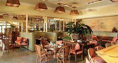 Palm Desert Restaurants - Tommy Bahama's Tropical Cafe & Emporium