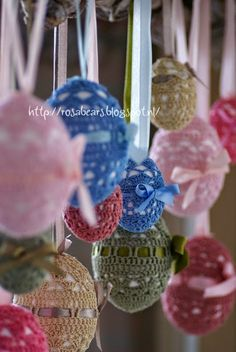 Rosabears: Tutorial crochet Easter Eggs....gehaakte paaseieren. Easter Crafts, Holiday Crafts, Easter Crochet, Shell Crafts, Beautiful Crochet, Happy Easter, Decoration, Easter Eggs, Tutorial Crochet