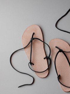 2e769190fe5ba Kumosha s Leather Huaraches walking sandals prototype Barefoot Boots