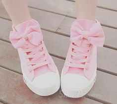 Pastel Pink Converse with Bows-LOVE!