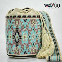 234 отметок «Нравится», 4 комментариев — Just Wayuu (@just.wayuu) в Instagram: «Who wants this single thread bag. Let know DM for more info. Handcrafted handbags made by…»