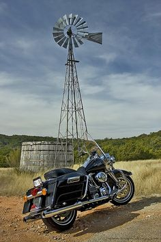 Out there - 2008 Harley Davidson Road King