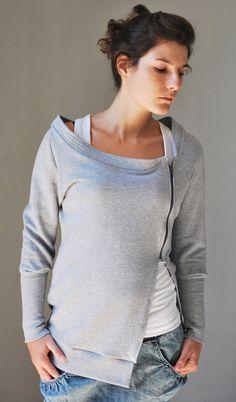 Grau Sweatshirt SUN Women Jacke / Gift für sie von kupukupuapparel