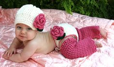 Flower Diaper Cover -- Crochet Baby Diaper Cover -- Infant Girl - I wouldn't use a Newsboy style hat though.