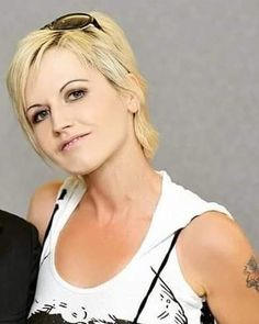 Cranberries Band, Dolores O'riordan, Life Images, Instagram, Fan, Music, Goddesses, Pictures, Musica