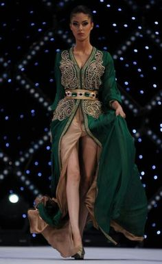 Caftan brodé...with the green part oxblood instead