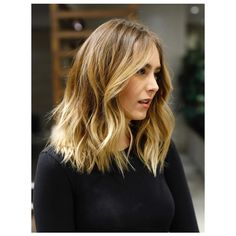 Mid-Length Cut/Style: Anh Co Tran • IG: @Anh Co Tran • Appointment inquiries please call Ramirez|Tran Salon in Beverly Hills at 310.724.8167. #dreamhair #fantastichair #amazinghair #anhcotran #ramireztransalon #livedinhair #coolhaircuts #coolesthair #trendinghair #model #haircuts2017 #besthair #ramireztran #womenshaircut #hairmoment #hairtransformation #insalononly #lorealprous #glamteam #fun #tecniart #LorealProAmbasssador #sponsoredbylorealpro