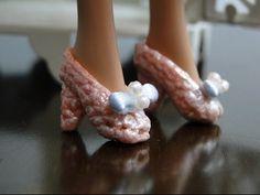 Barbie Crochê Miniaturas Artesanato e Coisas Mais: [Barbie] PAP Como Fazer Sapatinhos Com Salto de Crochê Para Barbie