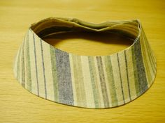 前回公開した「帽子のつくりかた」の補足編です。 ハットタイプのツバの作り方の動画を公開しました! 「帽子のつく…
