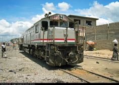 RailPictures.Net Photo: 1673 Ghana Railways EMD GT18LC-2 at Accra, Ghana by Graham Williams