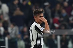 Juventus' forward from Argentina Paulo Dybala celebrates after scoring a goal during the Italian Serie A football match between Juventus and Palermo at the Juventus Stadium in Turin on February 17, 2017. / AFP / GIUSEPPE