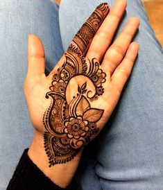 Explore latest Mehndi Designs images in 2019 on Happy Shappy. Mehendi design is also known as the heena design or henna patterns worldwide. We are here with the best mehndi designs images from worldwide. Easy Mehndi Designs, Henna Hand Designs, Latest Mehndi Designs, Dulhan Mehndi Designs, Bridal Mehndi Designs, Mehndi Designs Finger, Mehandi Design For Hand, Palm Mehndi Design, Arabic Henna Designs