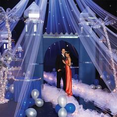 walk in  use the tarp on the floor as water for night voyage   possibly use netting for stars and the night scene to make it romantic