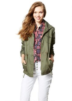 Anorak with Pockets - Pretty Grunge - Get the Look - Trending - dELiA*s College Girl Fashion, Teen Fashion, Girl Outfits, Fashion Outfits, Fashion Tips, Find Girls, Get The Look, Military Jacket, Autumn Fashion