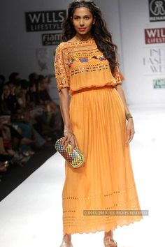 WIFW '13: Day 4: Rehane Photogallery - Times of India
