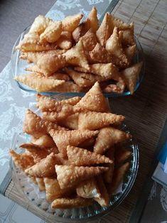 Hungarian Desserts, Hungarian Recipes, Ramadan Sweets, Torte Cake, Food Decoration, Waffle Iron, Biscotti, Apple Pie, Crackers