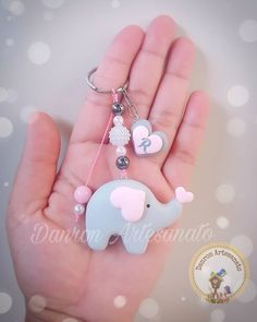 Sweet Elephant Favors - Her Crochet Elephant Party, Elephant Baby Showers, Baby Elephant, Felt Keyring, Clay Keychain, Baby Shower Themes, Baby Boy Shower, Fimo Polymer Clay, Baby Shower Souvenirs