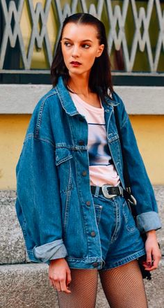 DENIM, HOTPANTS, DENIM JACKET, STREET STYLE, TOMMY TON, MILAN FASHION WEEK, MFW