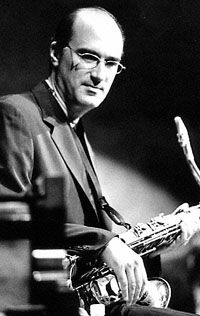 Michael Brecker: He Can Groove Any Way You Want article @ All About Jazz Jazz Saxophone, Tenor Sax, Jazz Guitar, All About Jazz, All That Jazz, Jazz Artists, Jazz Musicians, Michael Brecker, Jazz Players