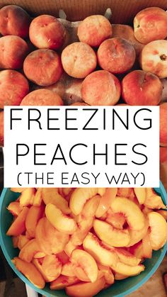How to freeze peaches (the easy way) Learn how to easily freeze your delicious, fresh peaches using a very simple method! Freezing peaches allows you to enjoy that same Peach Recipes Savory, Jam Recipes, Canning Recipes, Fruit Recipes, Dessert Recipes, Freezing Fruit, Freezing Vegetables, Fruits And Veggies, Desert Recipes