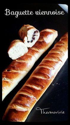 Baguette viennoise au thermomix nature et pépites de chocolat
