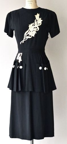 Vintage black rayon dress with cream floral applique on the bodice, short sleeves, fitted waist, peplum with pockets and buttons and metal 1940s Outfits, 1940s Dresses, Vintage Dresses, Vintage Outfits, 1940s Fashion, Vintage Fashion, Women's Fashion, Elsa Schiaparelli, Pierre Balmain