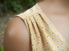 Couture Archives ⋆ Page 2 sur 2 ⋆ Vanda Démêle Le Fil Sewing Clothes Women, Diy Clothes, Clothes For Women, Fashion Sewing, Diy Fashion, Clothing Patterns, Sewing Patterns, Crochet Patterns, Couture Sewing
