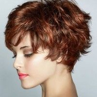 short wavy hairstyle