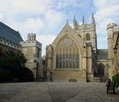 Het Merton College in Oxford. Dit gedeelte van Merton Street is te zien in de Lewis aflevering: Old School Ties.
