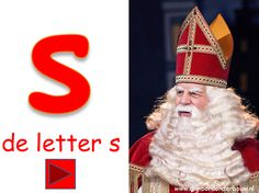 De letter S van Sint. Letter Of The Week, Creative Kids, School Teacher, Halloween Decorations, Preschool, Aurora Sleeping Beauty, Disney Princess, Disney Characters, Restaurant