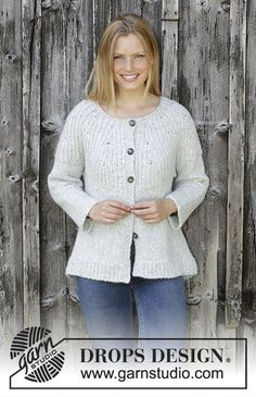 Ravelry: Fritid Cardigan pattern by DROPS design Ladies Cardigan Knitting Patterns, Knitting Patterns Free, Knit Patterns, Free Knitting, Knitted Cape Pattern, Knit Cardigan Pattern, Jacket Pattern, Drops Design, Magazine Drops