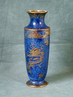 Wedgewood Blue Dragon Lustre vase