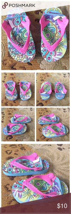 Super Cute Toddler Peace Sandals 6-7 Peace. Super cute and colourful toddler slip on sandals with stretch back. Toddler 6-7. These look brand new! Peace Shoes Sandals