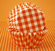 Great site to buy cute cupcake liners! These would be super cute for a Vols tailgate!