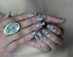 """""""Шишки"""" -зимний дизайн на кольце и натуральных ноготках"""